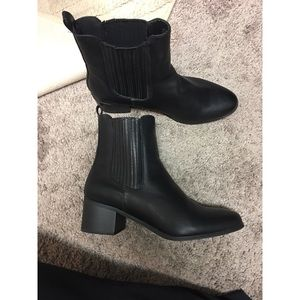 Forever 21 Cute Ankle Boots